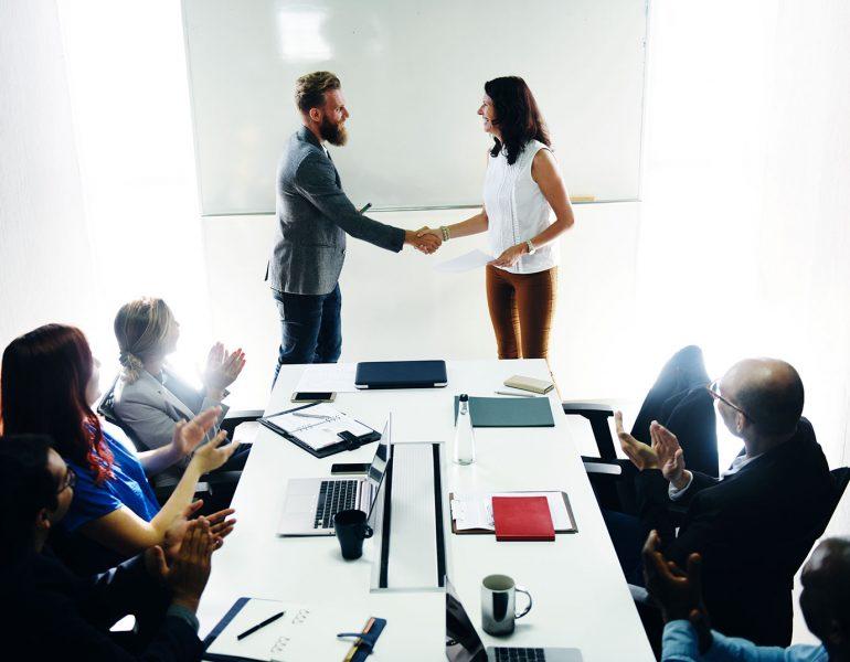 startup-business-team-brainstorming-on-meeting-wor-P2EYD3E.jpg